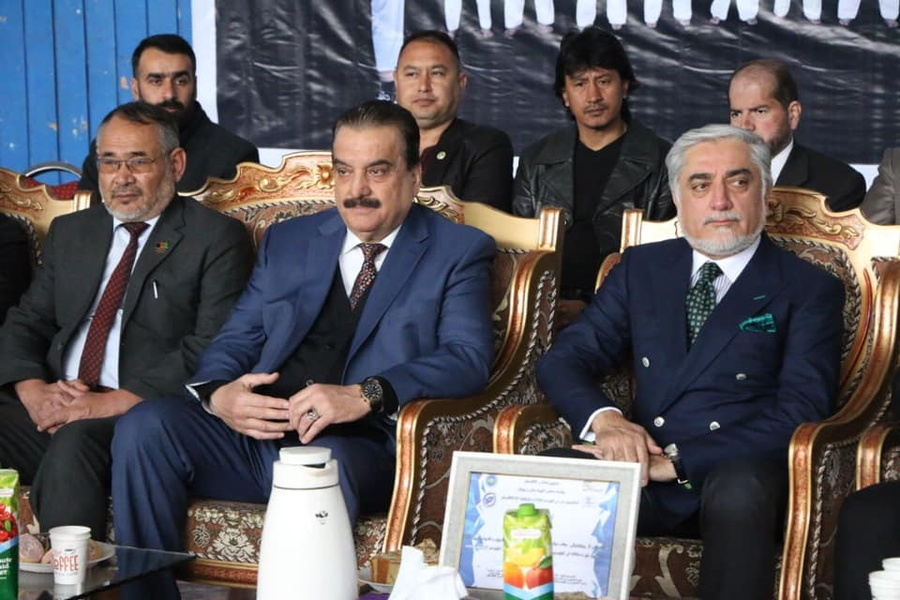 Dr. Abdullah Abdullah (right) at the opening ceremony, next to Afghanistan NOC President Dr. Hafizullah Wali Rahimi (centre). © Afghanistan National Olympic Committee/@OlympicOfficial.af