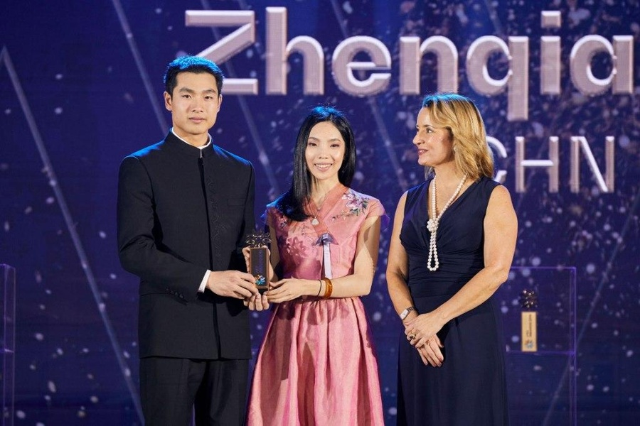 China's Li wins 'against all odds' equestrian award
