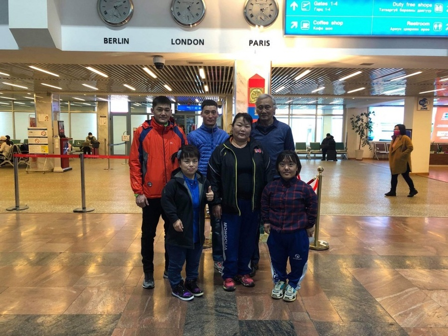 Mongolian para-athlete team before departure from Ulaanbaatar, Mongolia in February. © Kyodo News